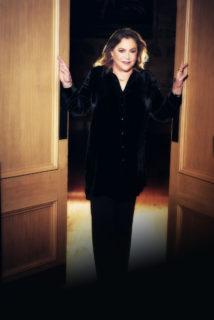Kathleen Turner (photo cr Nicky Johnstone)
