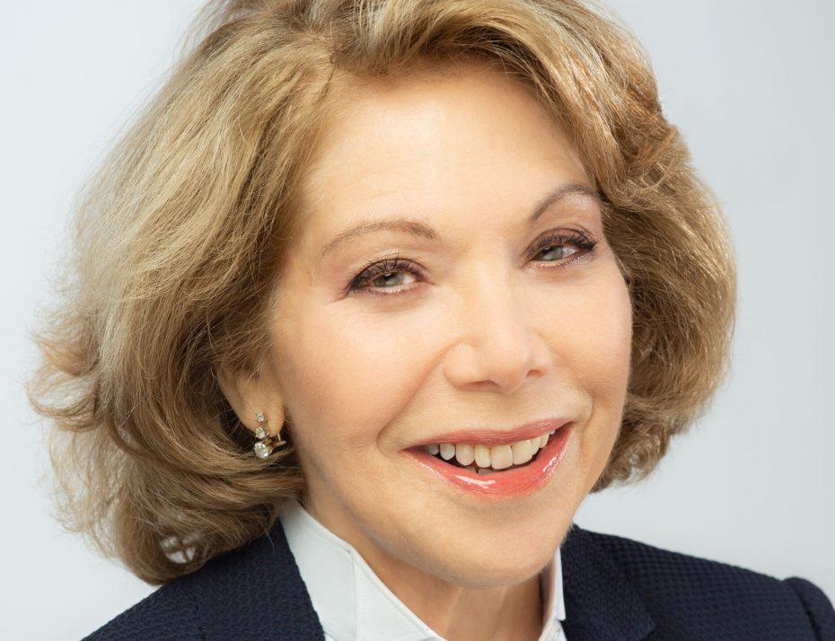 Mrs  President Main Img