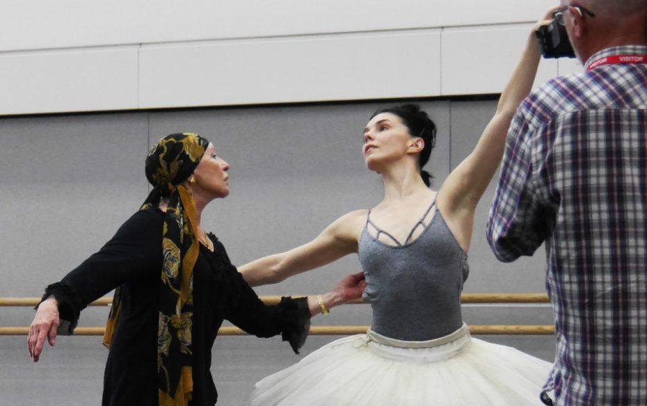 Makarova Osipova Bayadere Rehearsal Roh 2018 Photo By Dina Makaroff