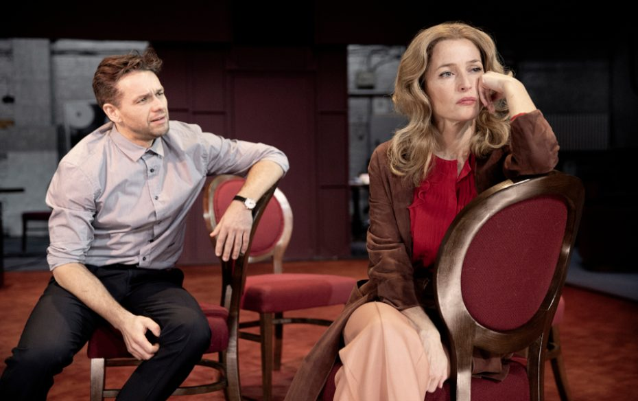 Ntl 2019 All About Eve Julian Ovenden Gillian Anderson  Photography By Jan Versweyveld
